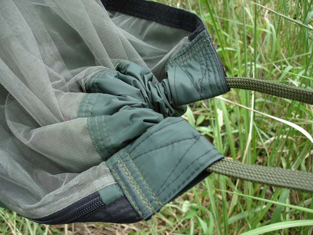 nylon webbing reinforces the ends with double stitching for the thick 12 u0027 nylon cords  expedition hammock   www mosquitohammock    rh   mosquitohammock